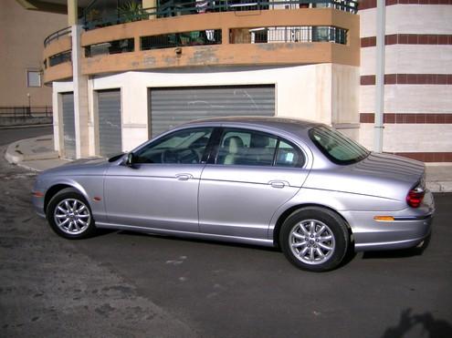 Jaguar S Type 02